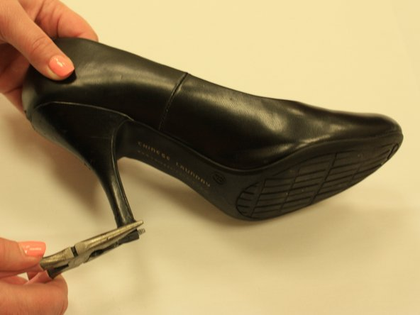 Adjust the tip with the pliers to align the heel tip.