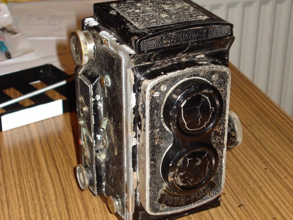 Foth Flex TLR Camera Restoration